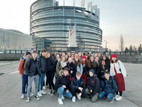 29 élèves du lycée Charles de Gaulle ont participé au projet EUROSCOLA 2020.