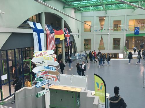 forum du lycée décoré